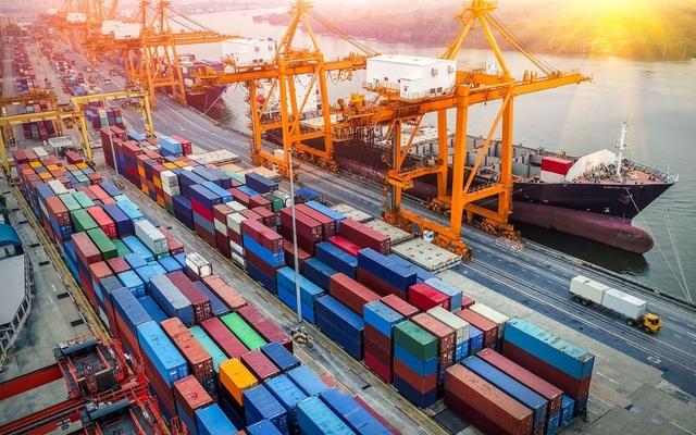 """Việt Nam ký """"siêu"""" hiệp định, xuất khẩu cao kỷ lục bất chấp Covid-19"""